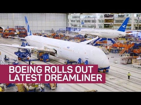 Boeing rolls out latest Dreamliner, 787-10