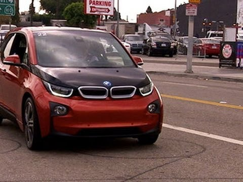 CNET On Cars – On the road with the BMW i3