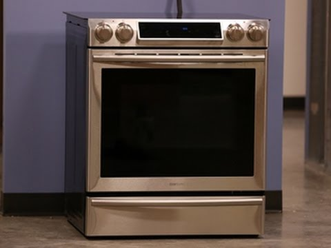 First Look – Samsung NE58F9710WS Electric Range