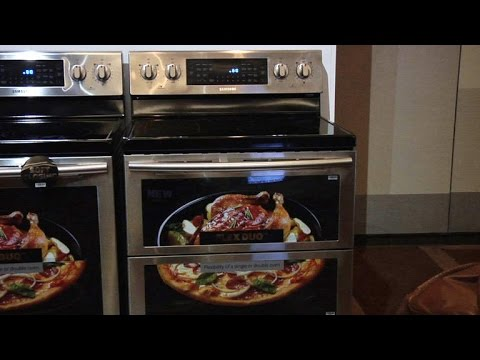 Samsung's three-in-one oven adapts to your needs