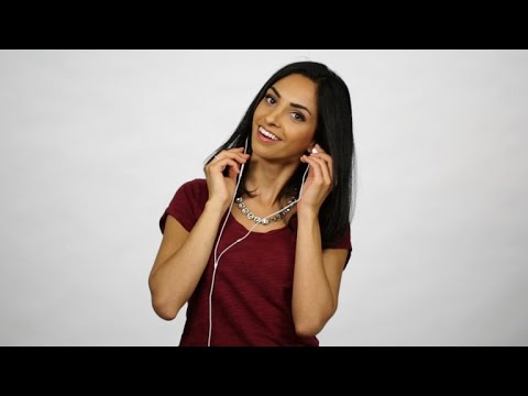 CNET How To – 5 ways to wrap your headphones