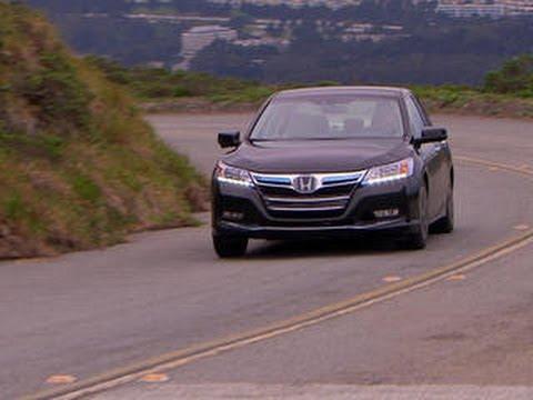 CNET On Cars – 2014 Accord Plug-In: Banishing Honda's bungled hybrid past – Ep. 40