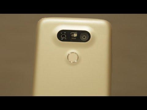 LG G5 smartphone: CNET Editors react