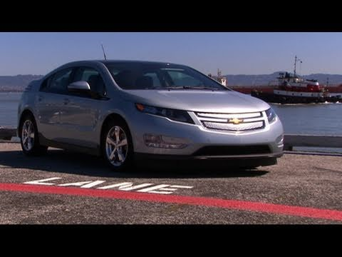 CNET Tech Review: Amped up for the Chevy Volt