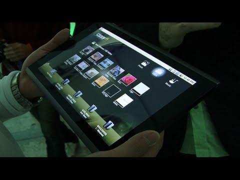 CNET Tech Review: The tablet war heats up