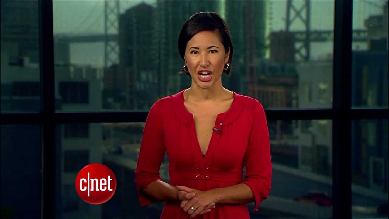 CNET Update – iPad Mini launches with mini lines