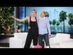 Miley Cyrus on Hillary Clinton and Guest-Hosting