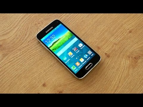 Samsung Galaxy S5 Mini flaunts flagship looks and compact body