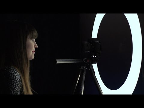 The Fix – Make your own ring light for portraits