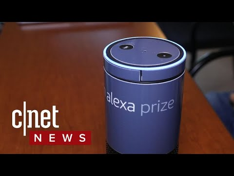 A chat with Pixie, Princeton University's socialbot (CNET News)