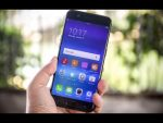 Oppo R11 Review: A Terrific Camera, Strong Battery Life For a Great Price