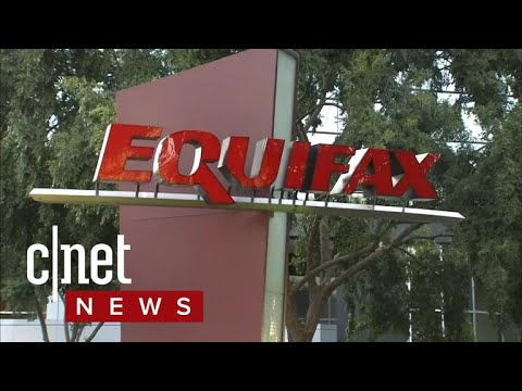 Equifax CEO resigns