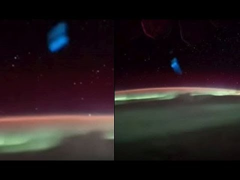 NASA accidentally filmed Blue Object and UFOs when ISS flew over Aurora Australis