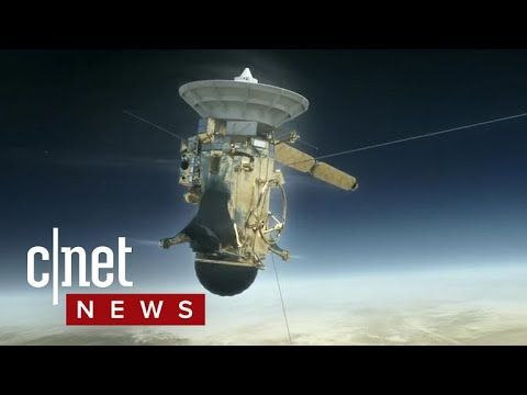 NASA's Cassini Probe is on a collision course with Saturn (CNET News)