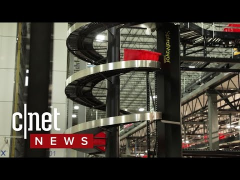 Inside Boxed automated e-commerce warehouse (CNET News)