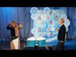 Kristen Bell and Ellen's Snowball Fight