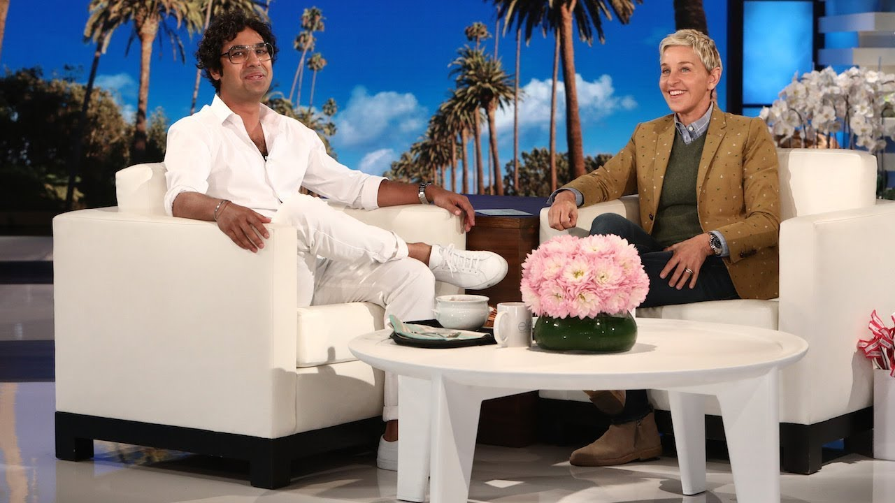 Kunal Nayyar Is the Resident Welcome Committee on the Studio Lot