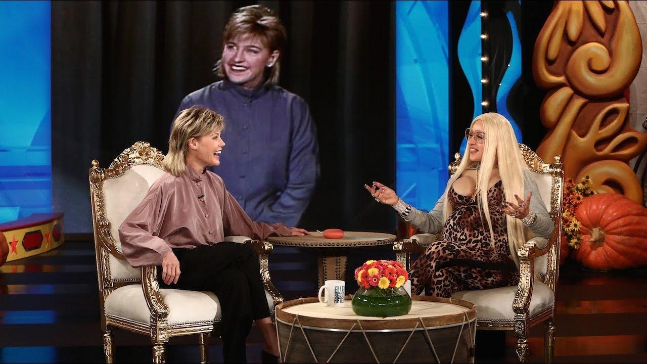Julie Bowen Channels Retro Ellen for Halloween