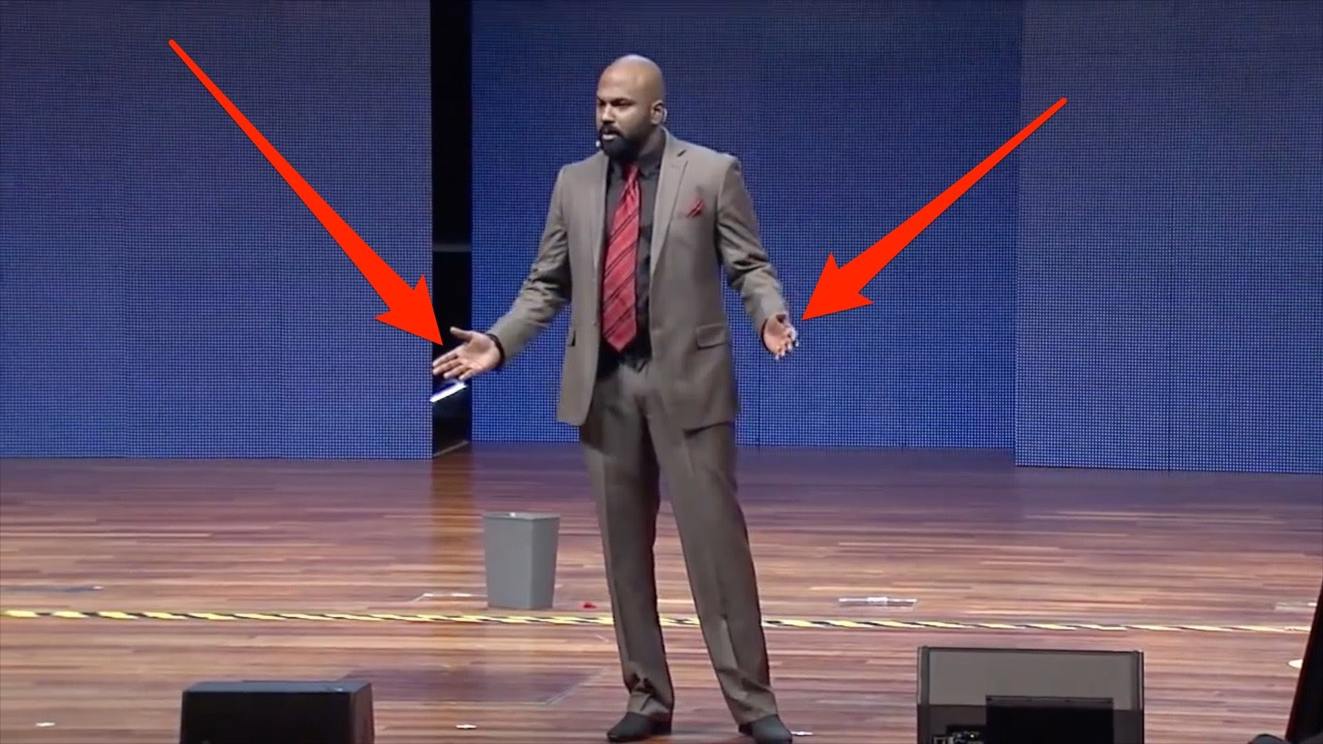 4 essential body language tips from a world champion public speaker