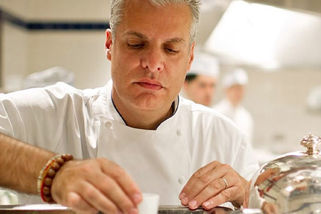 How Legendary Chef Eric Ripert Transformed Himself Into a True Leader