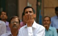 D-Street Buzz: Over 130 stocks hit new 52-week low on NSE; Dabur up 3% as FMCG stocks outp...