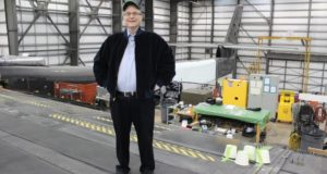 Paul G. Allen, Billionaire Stratolaunch Founder Who Pushed for Private Space Travel, Dies ...