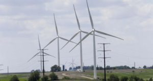 Report: Wind turbines have no negative effect on health | Political News