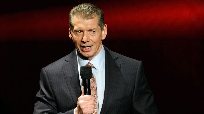 3 Interesting things which could happen on Raw following the Elimination Chamber(18 Februa…