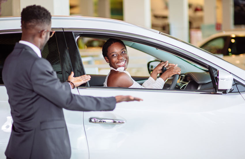 10 funny rituals of new car owners