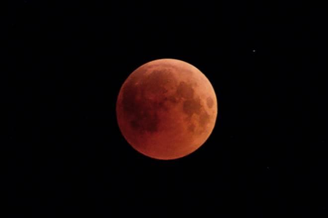 Chandrayaan 2: Interesting facts about the Moon you must know before ISRO's lunar mission …