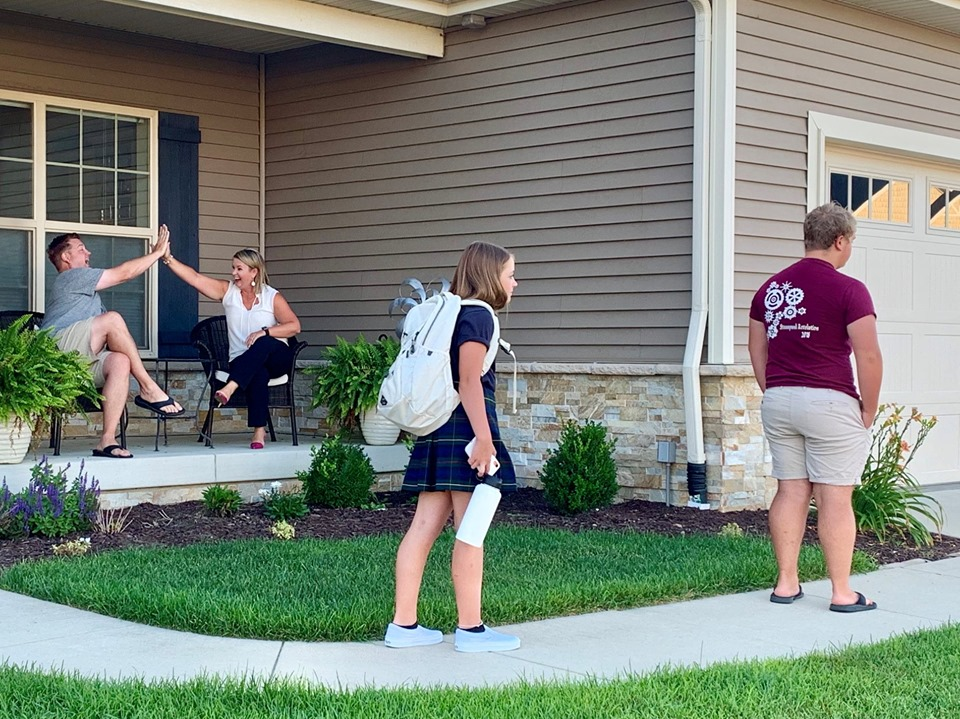 Champaign-Urbana Parents Stage Funny Back-to-School Photos