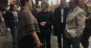 Feces, vandalism, needles: Mayor hears Ballard business problems firsthand