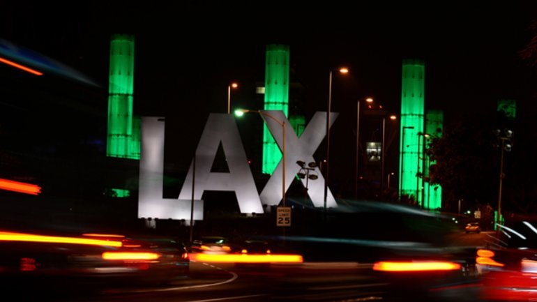 Fire destroys 2 passenger buses on busy travel day at LAX