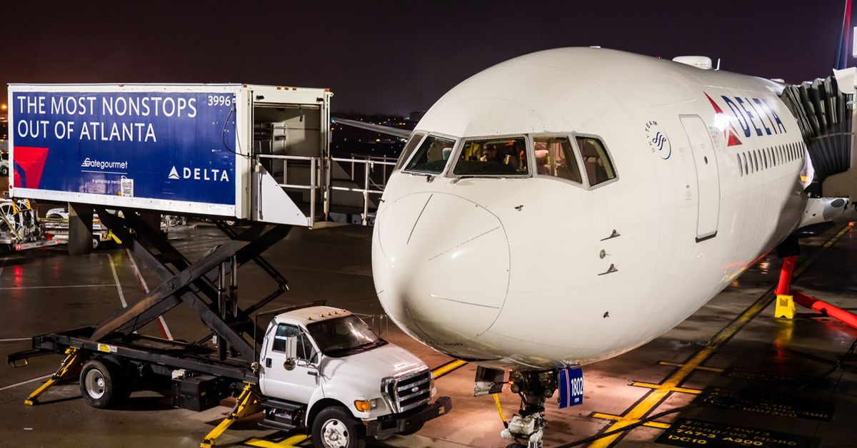 Delta Air Lines donating 200,000 pounds of food to charities